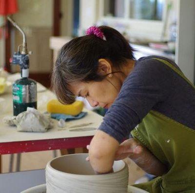 Yumiko Aso: throwing a pot